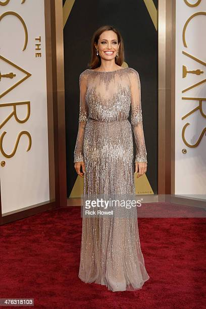 THE OSCARS RED CARPET ARRIVALS The Academy Awards for outstanding film achievements of 2013 will be presented on Oscar Sunday MARCH 2 at the Dolby...