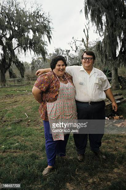 The Acadians Of Louisiana Louisianemars 1972 Les Cadiens descendants des Acadiens de NouvelleFrance un coupe de Cajun à l'allure légèrement obèse...