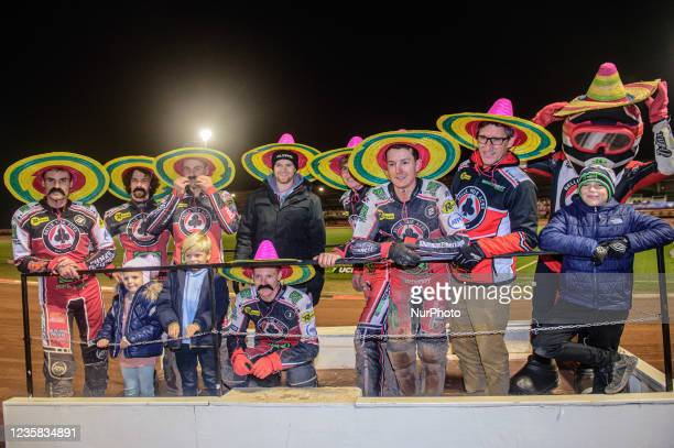 The Aces take the victory parade with sombreros and fake moustaches provided by the Manchester Mexicans fans group. During the SGB Premiership Grand...