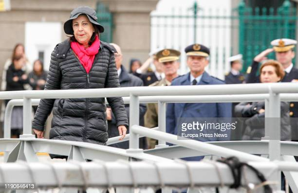 """The acting minister of Defence Margarita Robles receives the crewmembers of the frigate """"Mendez Nuñez"""" after more than seven months of..."""