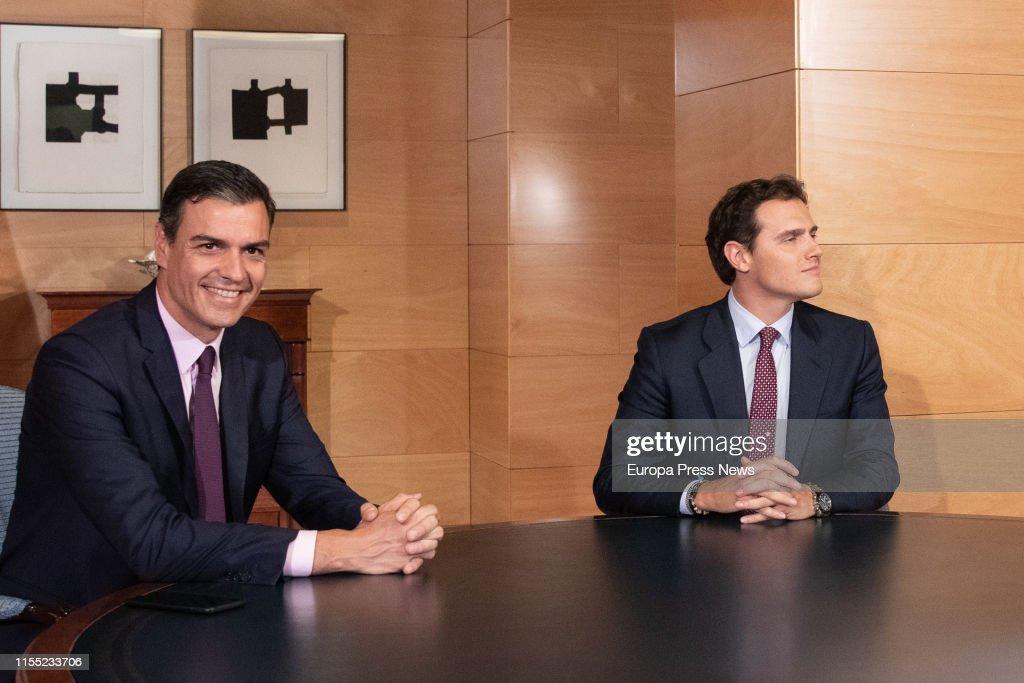 Pedro Sanchez Meets Albert Rivera : News Photo