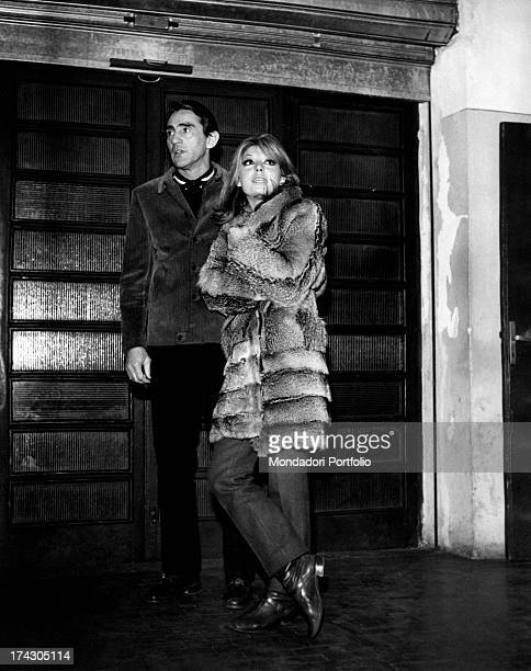 The actor and comic Walter Chiari with his wife Alida Chelli in a fur coat Turin January 1968