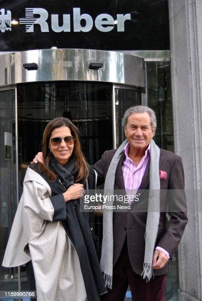 The actor Arturo Fernández is seen accompanied by his wife Carmen Quesada outside the hospital after being operated on on a herniated disc in 2011 on...