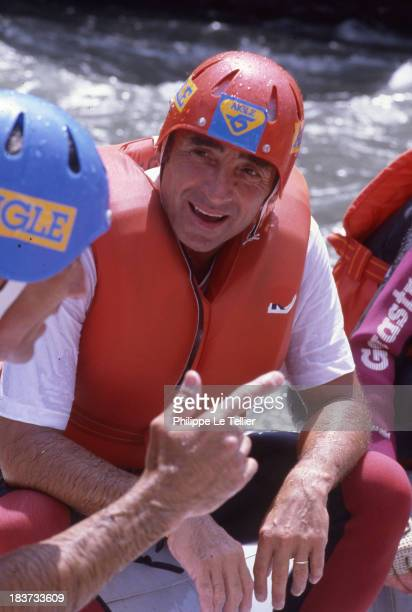 The actor Claude Brasseur the 2nd Grand Prix of France of Rafting in Les Arcs 1986, France L'acteur Claude Brasseur au 2eme Grand Prix de France de...