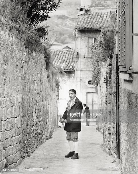 The actor Dustin Hoffman in a scene from the film 'FinchT divorzio non vi separi' . Ascoli Piceno , 1972.