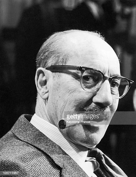 The Actor Of The Marx Brothers Groucho Marx Aged 70 Attending A Press Conference In London Before Appearing On A New Televised Gameshow The Celebrity...