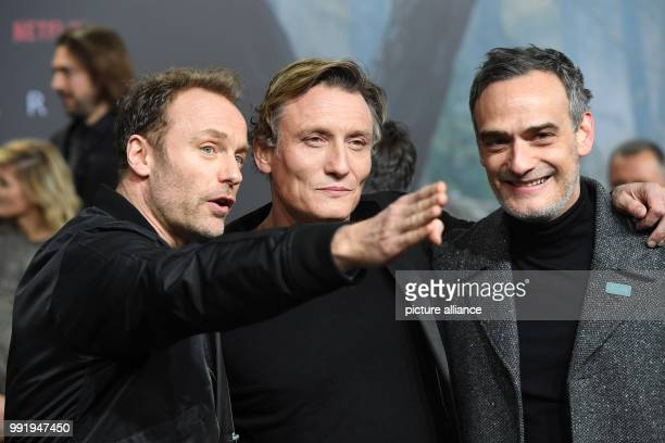 The actors Mark Waschke Oliver Masucci and Anatol Taubman attend the premiere of the Netflix series 'Dark' in Berlin Germany 20 November 2017 Photo...