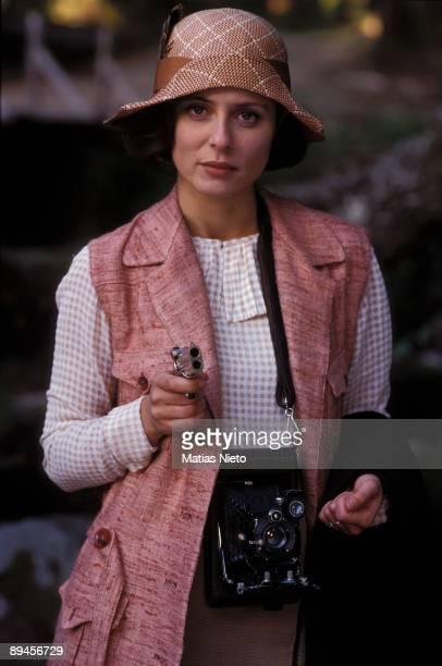 The actress Aitana Sanchez Gijon in the filming of the film 'La ley de la frontera' 1996