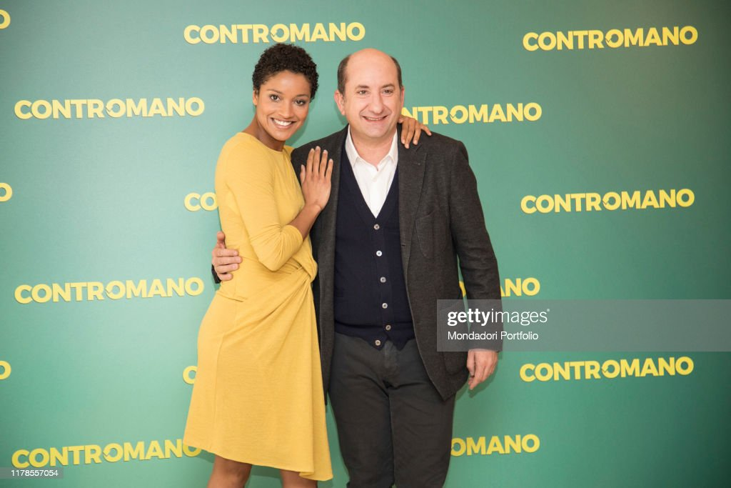 The actress Aude Legastelois and actor and director Antonio Albanese : ニュース写真