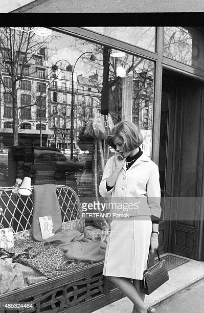 the actress Barbara Kwiatkowska Lass is photograpehd for Paris Match in Paris on MARCH 31 1962