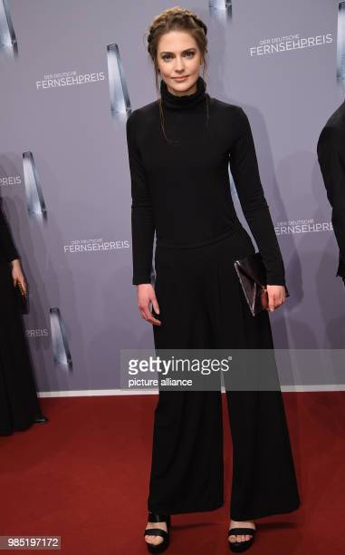 The actress Laura Berlin arrives for the 19th German Television Awards in the Cologne Palladium in Cologne Germany 26 January 2018 Photo Henning...