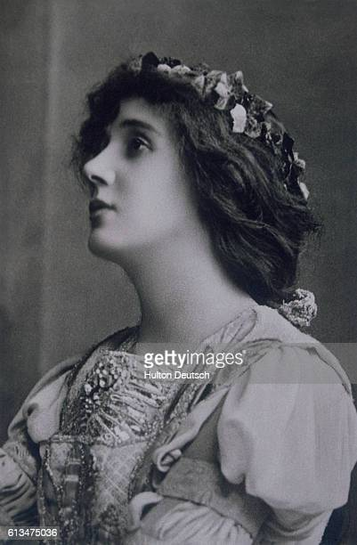 The actress Mrs Patrick Campbell nee Beatrice Stella Tanner who is known for her correspondence with the playwright George Bernard Shaw