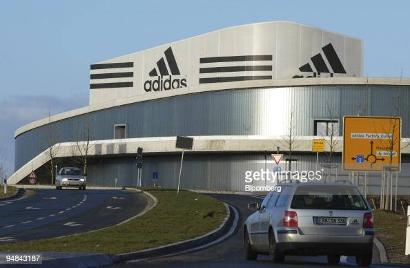 Cien años tolerancia lucha  The Adidas factory outlet store in Herzo Base near Herzogenaurach,... News  Photo - Getty Images