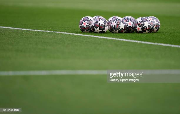 The Adidas Finale Istanbul 21 balls are seen on the pitch prior to the UEFA Champions League Quarter Final Second Leg match between Chelsea FC and FC...