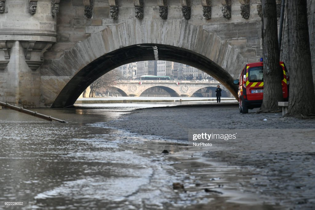 The Administrative Court of Paris has decided to cancel the closure of the flooded banks