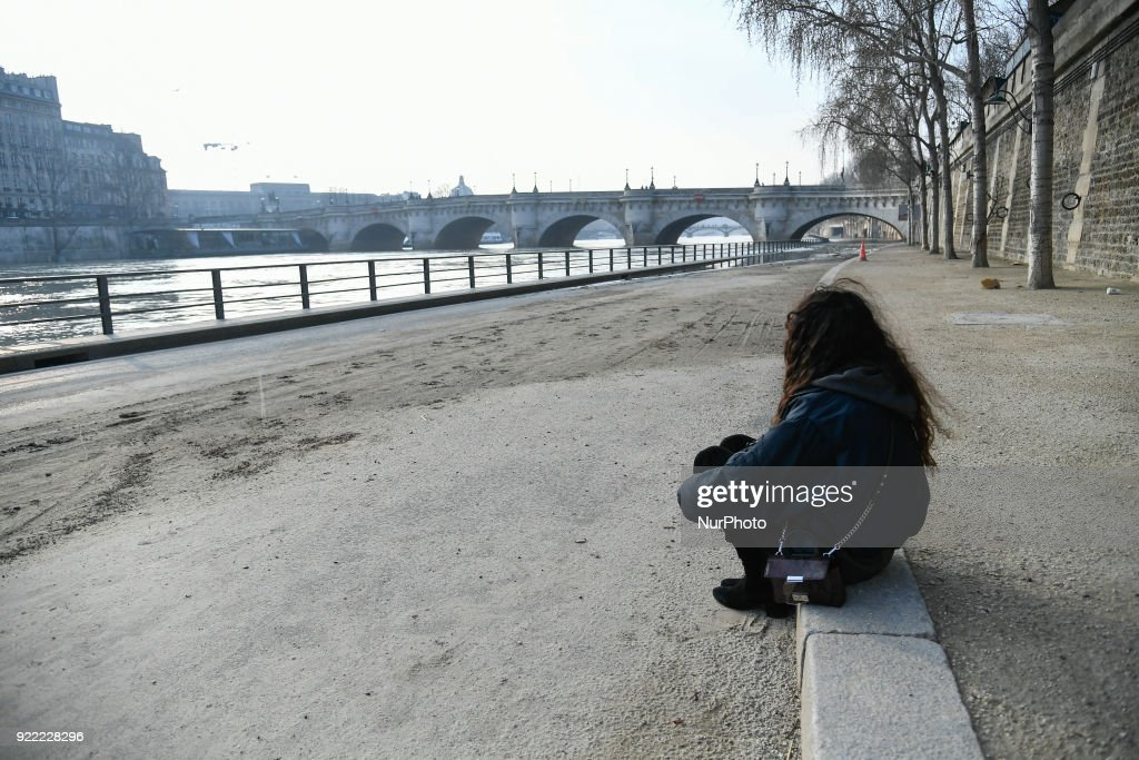 The Administrative Court of Paris has decided to cancel the closure of the flooded banks of the Seine during the last few days while people reappropriate the banks of the Seine.