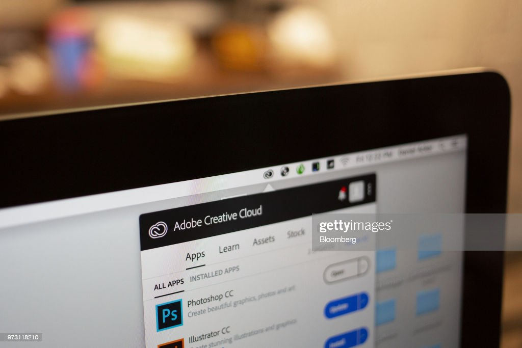 The Adobe Systems Inc  Creative Cloud application manager window is
