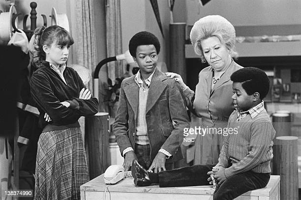 RENT STROKES 'The Adoption' Episode 8 Pictured Dana Plato as Kimberly Drummond Todd Bridges as Willis Jackson Charlotte Rae as Edna Garrett Gary...