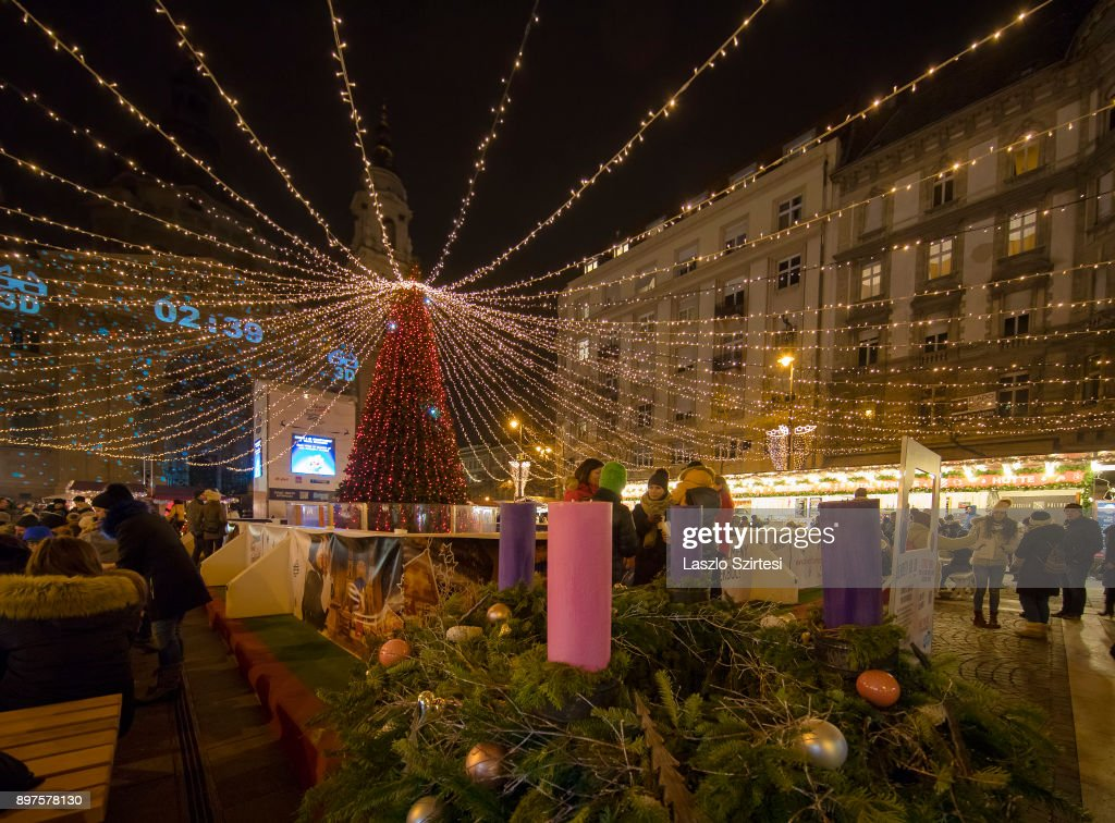 The advent wreath of the Christmas Market in front of the St. Stephen's Basilica (in Hungarian: Szent István Bazilika) is seen at Szent István tér (Szent Istvan square) on December 19, 2017 in Budapest, Hungary.