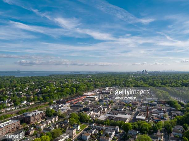 the aerial high-angle view on the residential district of mamaroneck, westchester county, new york. - westchester county stock pictures, royalty-free photos & images