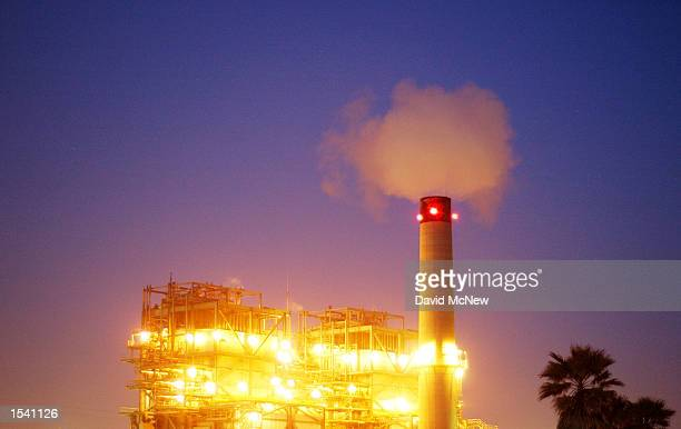 The AES Corp Huntington Beach power plant produces energy for southern California May 9 2002 in Newport Beach CA A hearing will be held by a Senate...
