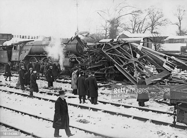 The aftermath of a rail crash near Hatfield in Hertfordshire 26th January 1939 The 825 from Cambridge to London ran into the back of the 734 on the...