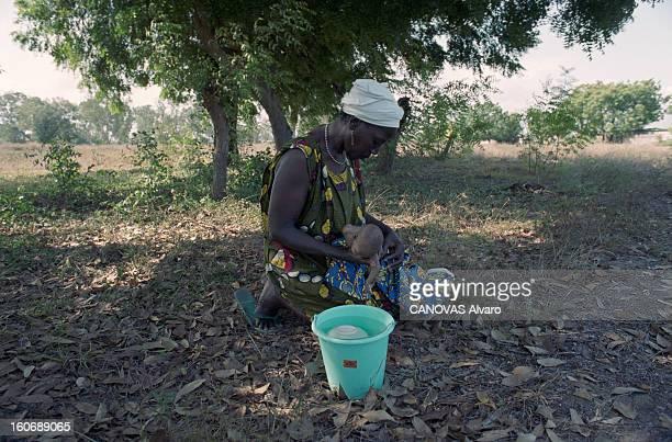 The Aids Epidemic In West Africa Le Centre de l'Espoir fondé par Lotti LATROUS dans le bidonville d'ADJOUFFOU aux portes d'Abidjan en COTED'IVOIRE La...