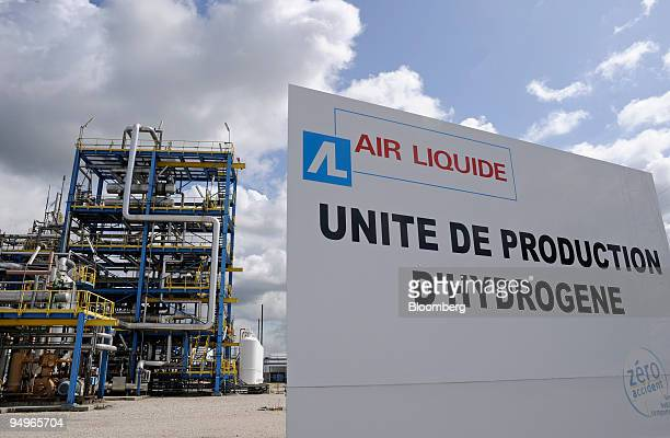 The Air Liquide hydrogen plant operates in Port Jerome France on Friday July 24 2009 The company announces its earnings next week
