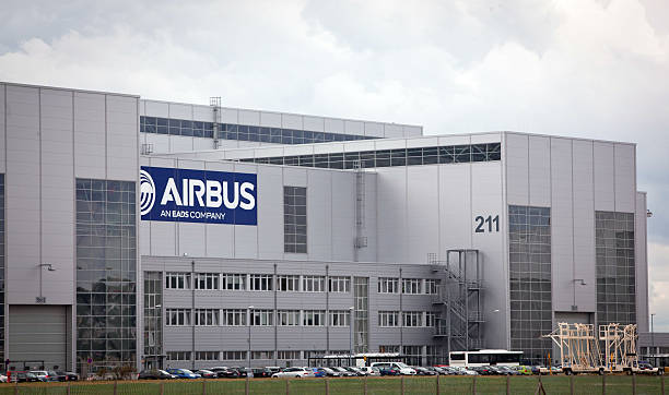 fotos und bilder von aircraft production at the airbus. Black Bedroom Furniture Sets. Home Design Ideas
