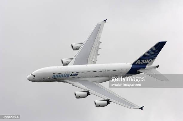 the Airbus A380841 in the flyingdisplay at the Paris AirShow 2007 SalonduBourget