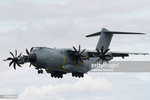 The Airbus A400M Atlas performs during the International Air Tattoo at RAF Fairford on July 21 2019 in Fairford England The Royal International Air...