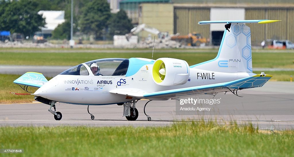 The Airbus E-Fan electric aircraft prepares for an aerial display during the 51st international Paris Air Show at Le Bourget, near Paris, France on June 17, 2015.
