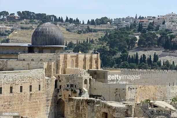 the al-aqsa mosque in jerusalem - al aqsa mosque stock pictures, royalty-free photos & images