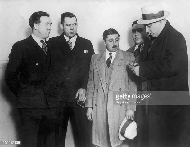 The alcohol trafficker Frank NITTI treasurer of AL CAPONE was arrested by the chief inspector Pat ROCHE in Chicago in 1930