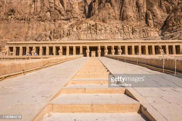the al-deir al-bahari temple of the luxor' egypt - luxor thebes stock pictures, royalty-free photos & images