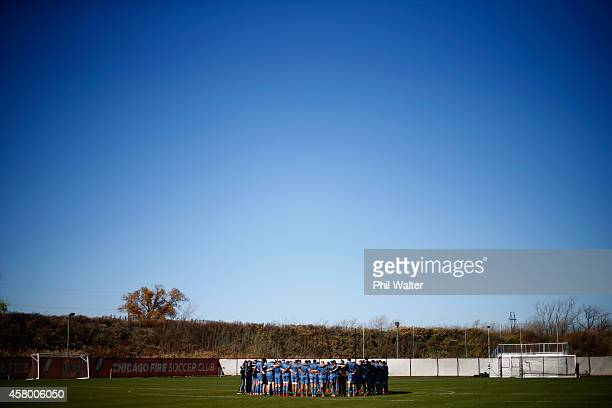 The All Blacks group togeather during a New Zealand All Blacks training session at Toyota Park on October 28 2014 in Chicago Illinois