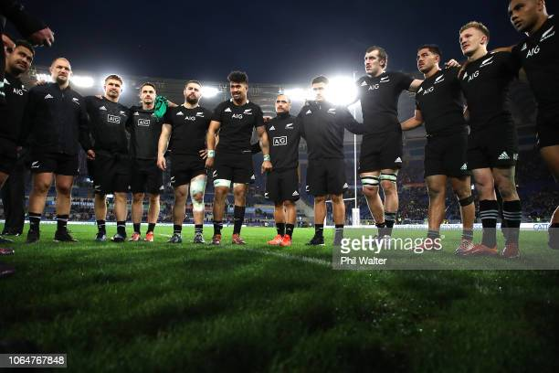 The All Blacks group togeather following the International Rugby match between the New Zealand All Blacks and Italy at Stadio Olimpico on November 24...