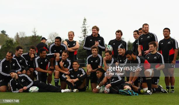 The All Blacks group togeather for a team photo following a New Zealand All Blacks captain's run at Trusts Stadium on October 22, 2011 in Auckland,...