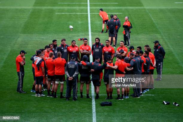 The All Blacks huddle during the New Zealand Captains Run at Twickenham Stadium on November 3 2017 in London England