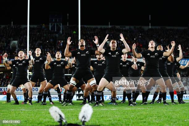 The All Blacks perform the haka ahead of the International Test match between the New Zealand All Blacks and Samoa at Eden Park on June 16 2017 in...