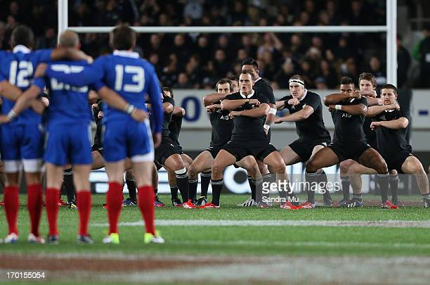The All Blacks perform the haka during the first test match between the New Zealand All Blacks and France at Eden Park on June 8 2013 in Auckland New...