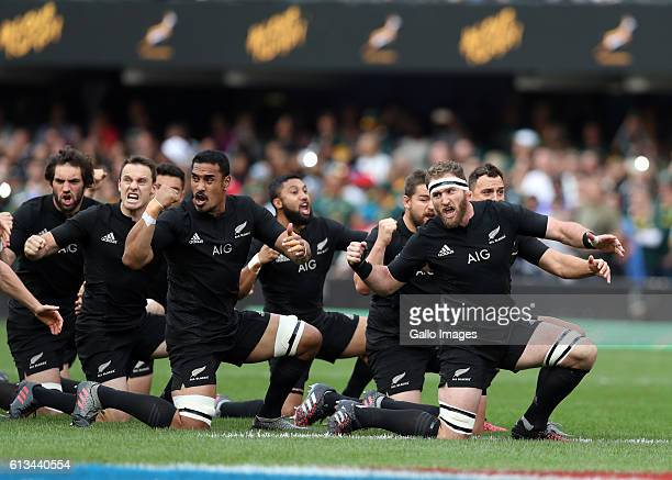 The All Blacks perform the haka during the The Rugby Championship match between South Africa and New Zealand at Growthpoint Kings Park on October 08...