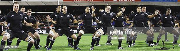 The All Blacks perform the Haka prior to the First Iveco Series Test match between New Zealand All Blacks and England at Eden Park on June 14 2008 in...