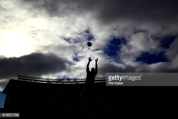The All Blacks practice the lineout during the New Zealand All Blacks Captains Run at Eden Park on July 7 2017 in Auckland New Zealand