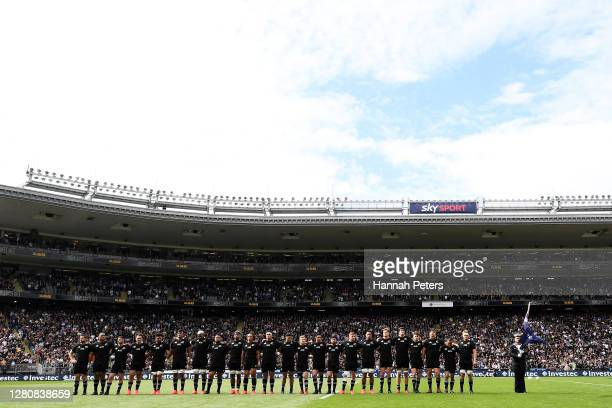 The All Blacks sing the New Zealand national anthem during the Bledisloe Cup match between the New Zealand All Blacks and the Australian Wallabies at...
