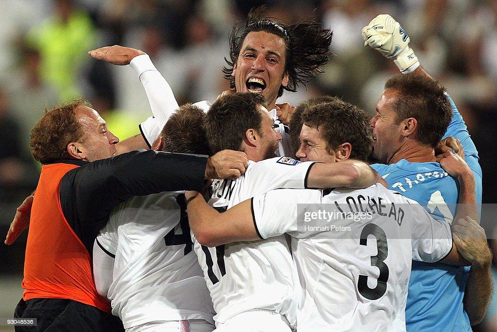 New Zealand v Bahrain - 2010 FIFA World Cup Asian Qualifier : News Photo