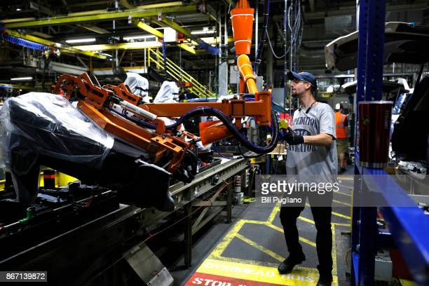The allnew 2018 Ford Expedition SUV goes through the assembly line at the Ford Kentucky Truck Plant October 27 2017 in Louisville Kentucky Ford...
