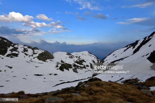 the alps at snowmelt - ビエラ ストックフォトと画像