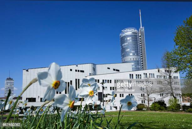 the alto theatre and rwe tower in essen - エッセン ストックフォトと画像