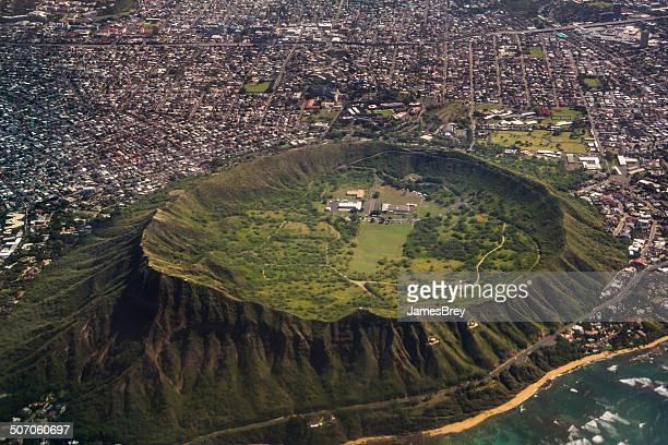 the amazing crater of diamond head, honolulu, oahu, hawaii. - diamond head stock photos and pictures